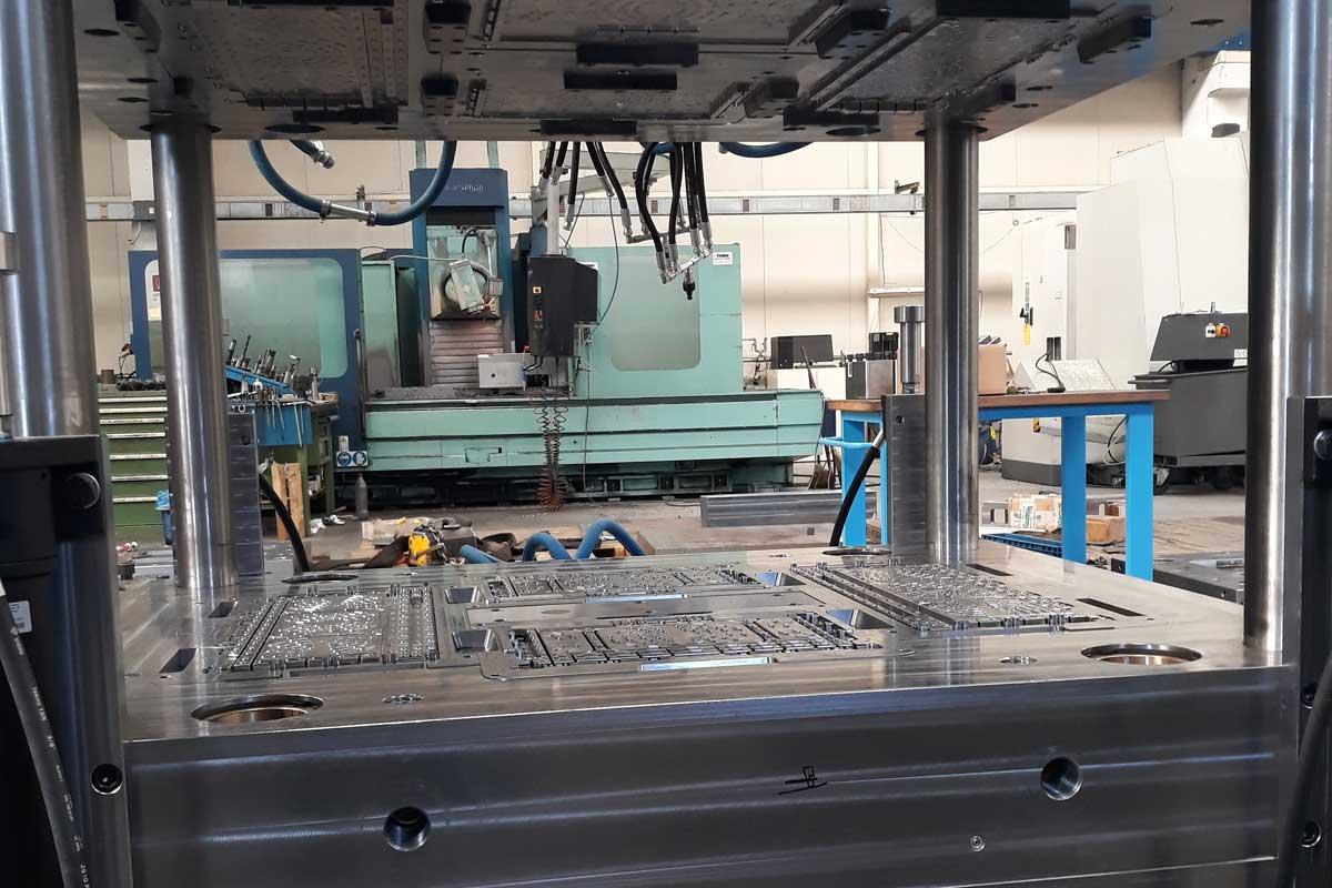 Produzione stampi per materie plastiche Brescia SG Costruzione Stampi